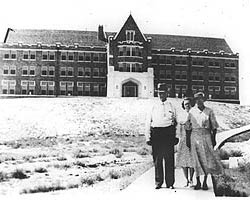 Donaldson Hall in the 30's